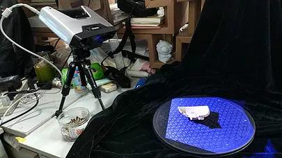 Das Scannen von Porzellanfragmenten aus der Song-Dynastie mit dem EinScan-Pro