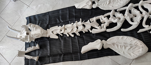Single pieces of the sculpture before 3D scanning